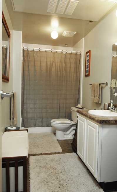 Every unit in Lancaster Lofts features a large bathroom.