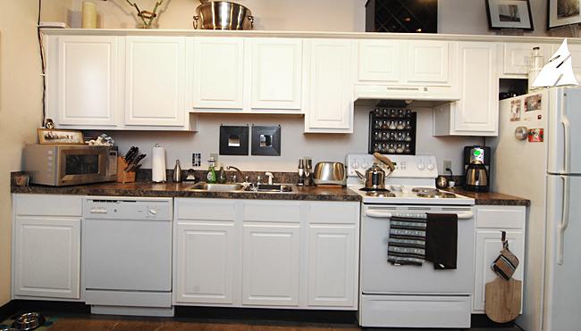 Each loft apartment features electric appliances.